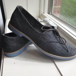 GAP Suede Oxford Shoes